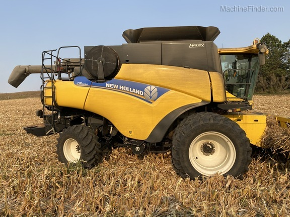 2014 New Holland CR6090 Image 3