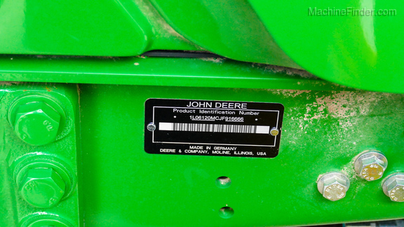 2018 John Deere 6120M-35