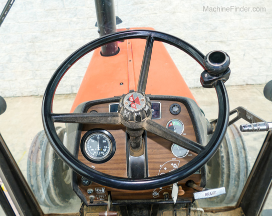 1979 Massey Ferguson 2675-11