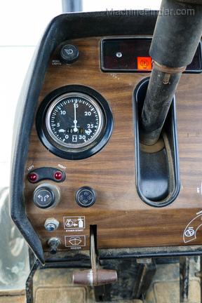 1979 Massey Ferguson 2675-12