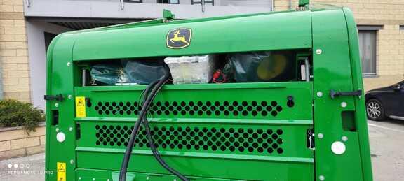 John Deere 450E