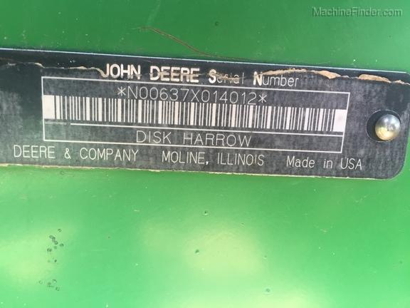 2008 John Deere 637