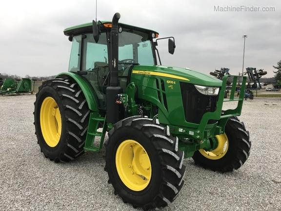 2016 John Deere 6105E