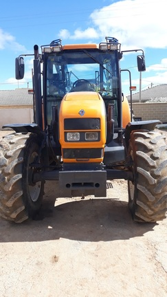 Renault ARES 630 RZS