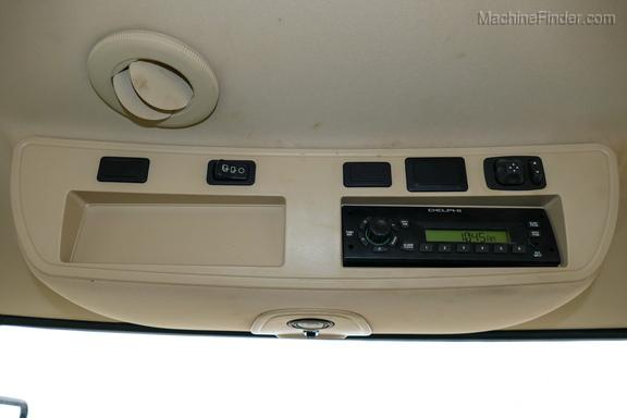 2010 John Deere 8270R-17