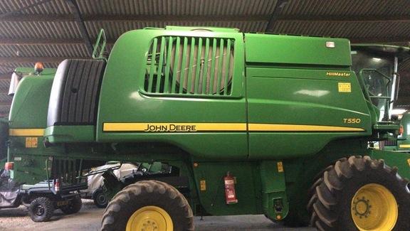 John Deere T550 HillMaster