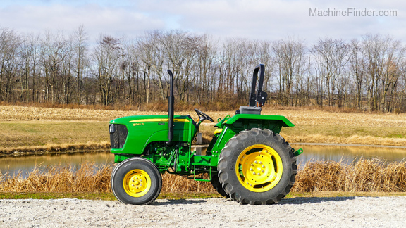 2013 John Deere 5045D-4