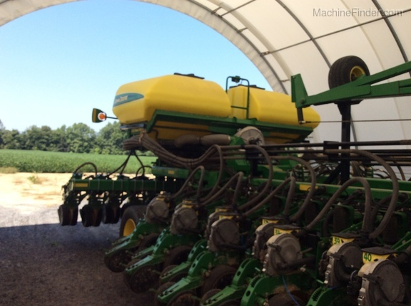 Photo of 2013 John Deere DB60