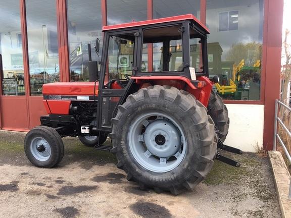 International Harvester 685 U