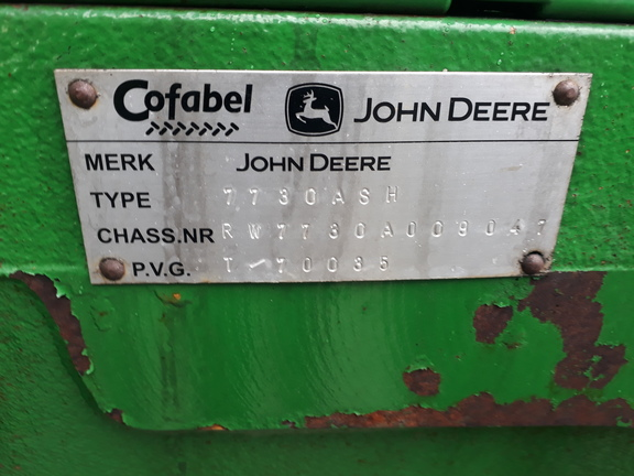 John Deere 7730