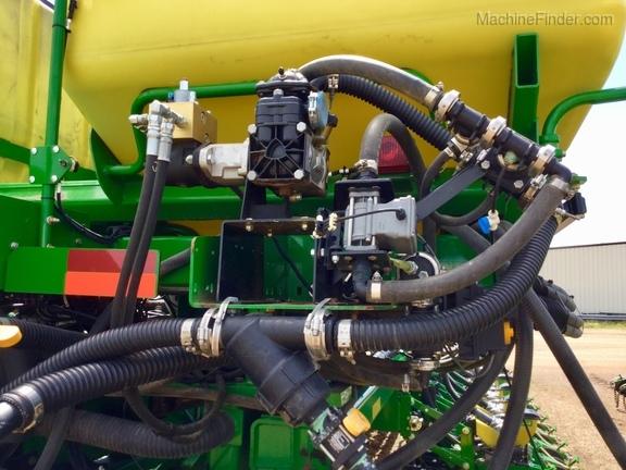 2013 John Deere DB66