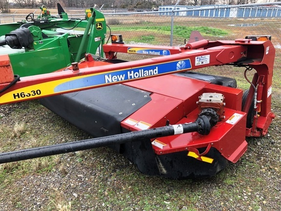 New Holland H6830