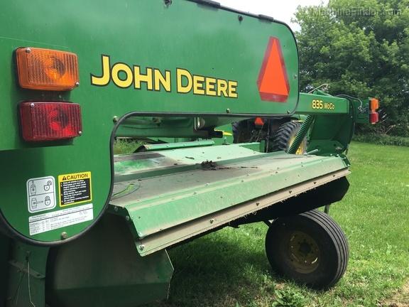 2014 John Deere 835