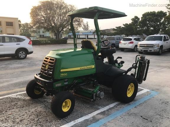 Pre-Owned John Deere 7500 in Boynton Beach, FL Photo 3