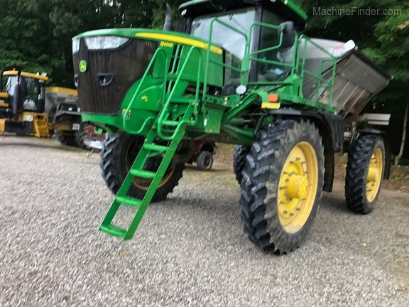 Photo of 2017 John Deere R4045