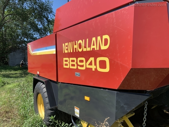 2003 New Holland BB940 Image 11