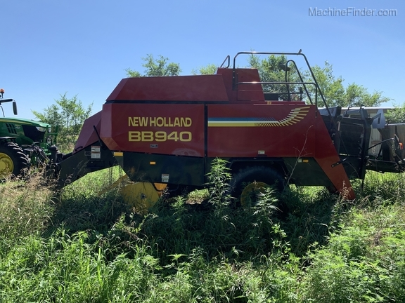 2003 New Holland BB940 Image 15