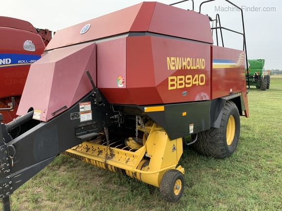 2003 New Holland BB940 Image 1