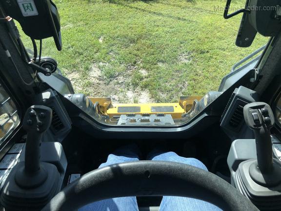 Pre-Owned John Deere 332G in Leesburg, FL Photo 7