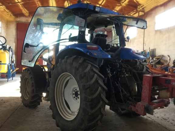 New Holland TS110A
