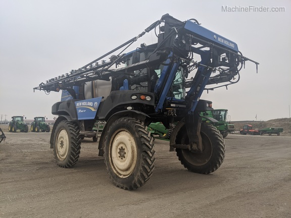 2013 New Holland SP.240F Image 6