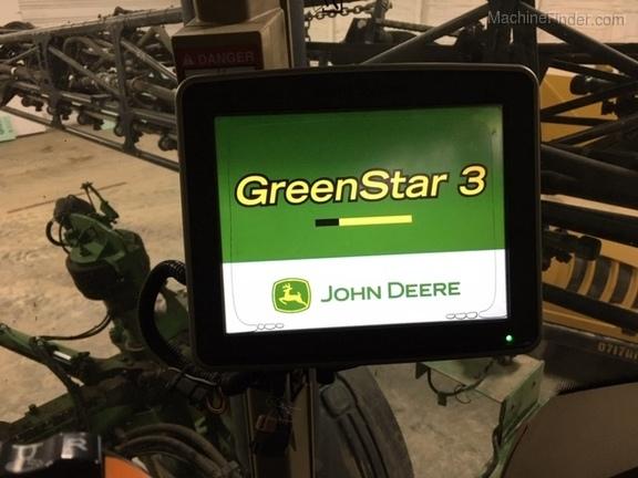 John Deere 4830