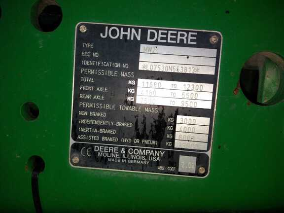 John Deere 7530