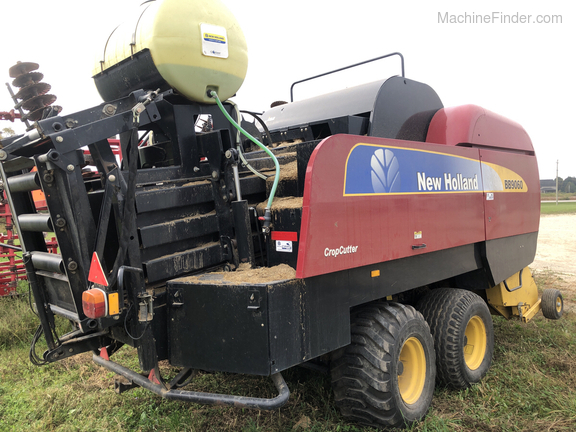 2009 New Holland BB9060 Image 4
