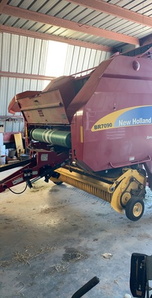 2014 New Holland BR7090