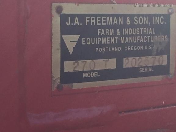 2004 Freeman 270