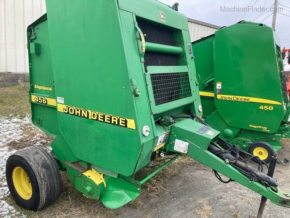 1997 John Deere 456 Silage Special Image 1