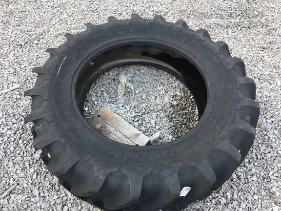 Photo of Michelin 380/85R34