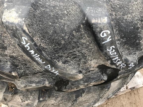 John Deere 520/ 85R42 TRACTOR DUAL WHEELS & TIRES