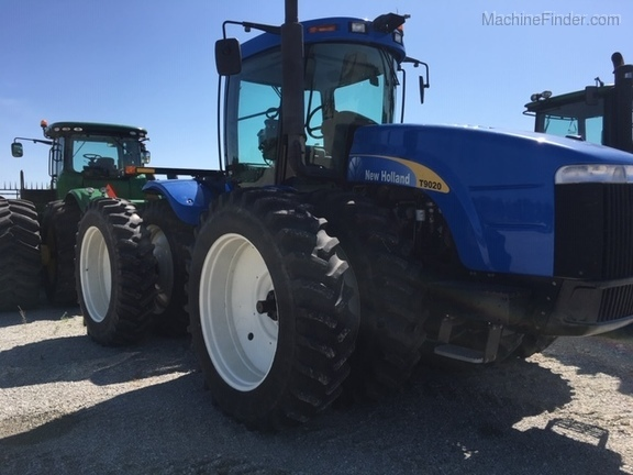 Ford-New Holland T9020