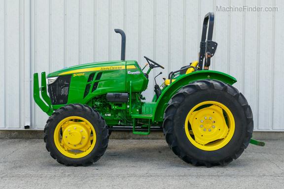 2017 John Deere 5065E-5