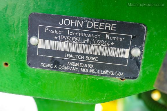 2017 John Deere 5065E-27