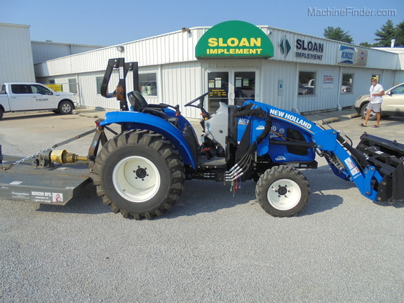 New Holland BOOMER40