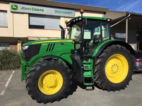 John Deere 6175R
