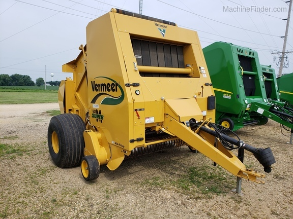 Vermeer 605SM Round Balers for Sale | [112450]