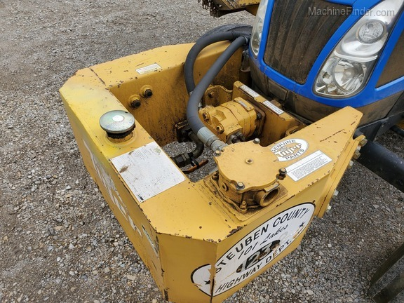 2006 New Holland TL90A Image 12