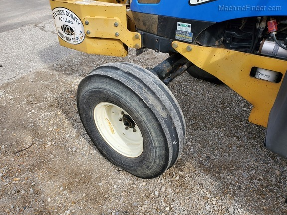 2006 New Holland TL90A Image 19