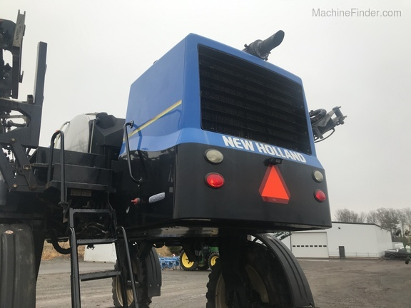 2013 New Holland SP.275F Image 5