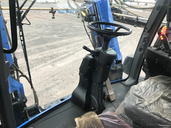 2013 New Holland SP.275F Image 10