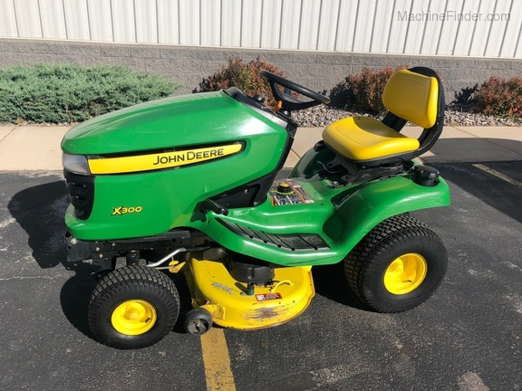 2011 john deere x300 lawn garden tractors denmark wi. Black Bedroom Furniture Sets. Home Design Ideas