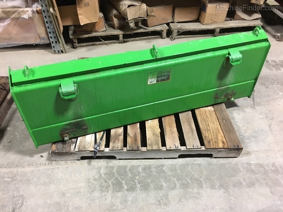 "John Deere BW14146 - 61"" loader bucket"