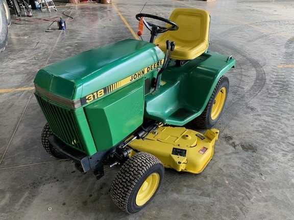 John Deere 318 >> 1984 John Deere 318 Lawn Garden Tractors John Deere Machinefinder