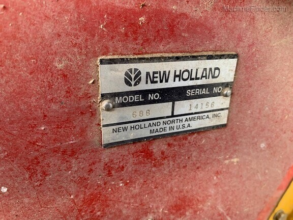2002 New Holland 688 Image 19