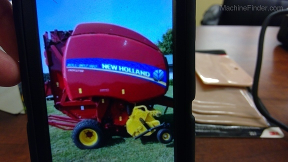 2016 New Holland 460RB Image 5