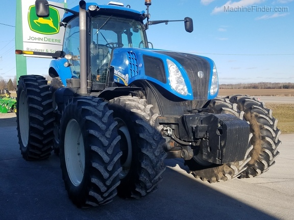 2013 New Holland T8.330