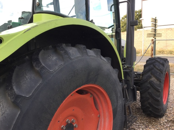 Claas ARES 656